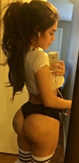 Big Tits and Big Booty Selfie.