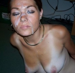 Gorgeous mature in a awesome cumshot..