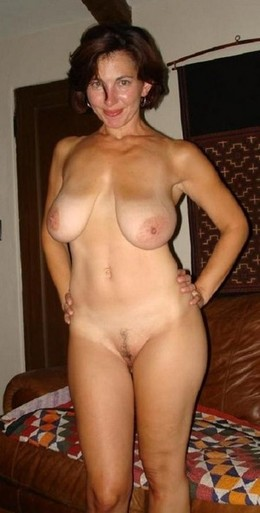 Beautiful mom in hot rookie picture.