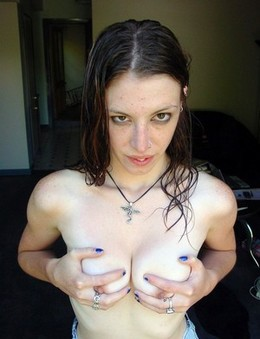 French freaky girl topless