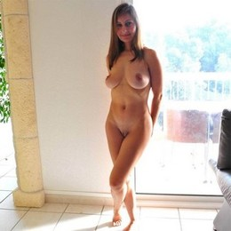 Beautiful lady shows her great body.....