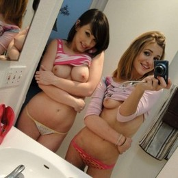 Teen girlfriends topless photos