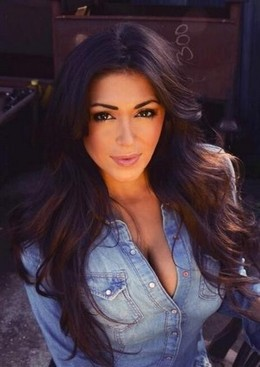 India Reynolds cleavage.