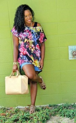 Check her fashion blog with co blogger..
