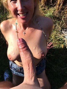 Another amateur brit milf enjoying the..